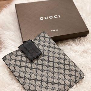 Gucci iPad Case Gucci Supreme Case GG Monogram